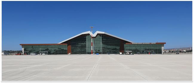 Balıkesir Merkez Havalimanı Terminal Binası ve Mütemmimleri Yapımı